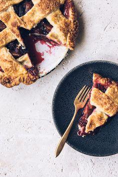 double-ginger blackberry plum pie