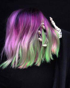 Halloween Hair Color Ideas 2018 - All About Hairstyles Bright Hair Colors, Fall Hair Colors, Cool Hair Color, Colorful Hair, Hair Colours, Dark Green Hair, Purple Hair, Glow Hair, Latest Hair Color