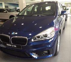 xe-BMW-218i-2015