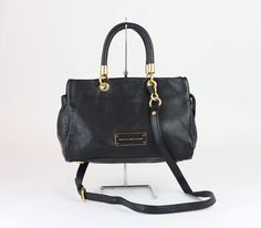MARC JACOBS Black Leather New Too Hot To Handle Satchel Bag  MARCJACOBS   Satchel  blackleather  designerpurse. 5th thrift · Marc Jacobs Handbags fe4010ab07f8b