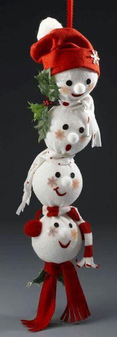 Boneco de neve com meia.