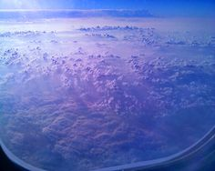 Google Image Result for http://theweblicist.com/wordpress/wp-content/uploads/2006/10/ny_clouds_from_an_airplane_window_01_197.jpg