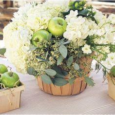 http://www.mariage-original.com/26744-thickbox/panier-en-bois-champetre.jpg