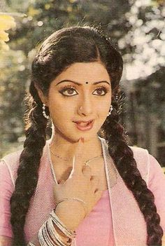 Sridevi in a Pink Bollywood Cinema, Bollywood Stars, Bollywood Actress, Most Beautiful Indian Actress, Beautiful Actresses, Indian Actresses, Actors & Actresses, Simplicity Is Beauty, Bollywood Pictures