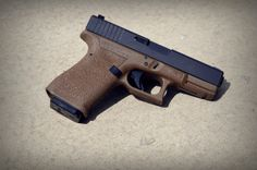 Flip side of the previous FDE Glock 19.