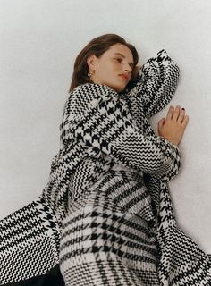 ZARA - #zaraeditorial - NOTES OF COLOR - Editorial Zara, Houndstooth Coat, Mode Editorials, Editorial Fashion, Fashion Trends, Brown Fashion, Dress With Boots, Color Negra, Beautiful Outfits