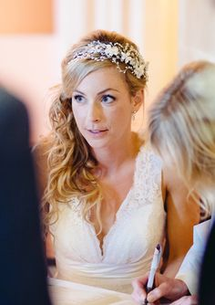 Rebecca in her May Blossom Petite Hermione Harbutt Headdress | Blonde Hair Inspiration http://www.hermioneharbutt.com/wedding/hair_accessories/buy.php?Product=319&Title=May+Blossom+Petite+Headdress