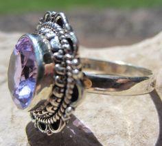 Beautiful Alexandrite ring RARE stone