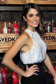 Nicole Houston Reed Nikki Reed, Character Aesthetic, Crop Tops, Tank Tops, Pretty Little Liars, Hair Hacks, Hot Girls, Camisole Top, Valentines