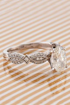 Marquise Ring / Marquise Diamond Ring / Yellow Gold Ring / Wedding Ring / Marquise and Round Diamond Ring / Fine Jewelry Features Antique Wedding Rings, Wedding Rings Simple, Antique Rings, Vintage Rings, Wedding Vintage, Trendy Wedding, Wedding Ideas, Vintage Diamond, Antique Gold