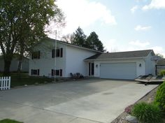 208 Oak, Roland, Iowa 50236. $159,900 4 Bdrm 3 Bath. Features over 1,900 sq. ft finished in this hi-efficent home; well-insulated, new roof, hi-efficient furnce & AC and new water heater.  Great back-yard with deck and patio, storage shed and extensive landscaping. Other Roland IA listings available at http://www.markgreenfield.com/iowa-homes/roland-ia-real-estate/