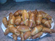 Kebab v rúre - Báječné recepty Creative Food, Hot Dog Buns, Sausage, Cupcakes, Bread, Recipes, Basket, Cupcake Cakes, Sausages