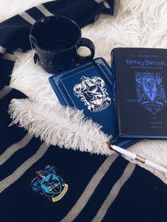 Ravenclaw aesthetic my wedding noong 2019 harry potter aesth Coque Harry Potter, Magie Harry Potter, Estilo Harry Potter, Deco Harry Potter, Mundo Harry Potter, Harry Potter Tumblr, Harry Potter Pictures, Harry Potter Hogwarts, Rowling Harry Potter