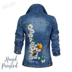 25 Best Denim Jacket Hand Painted Denim Jacket Hand Painted We tend to think about the denim coat as being the commonplace pants coat but denim can be colored any color. Painted Denim Jacket, Painted Jeans, Painted Clothes, Denim Coat, Hand Painted, Jean Jacket Outfits, Jacket Jeans, Mode Blog, Denim Ideas