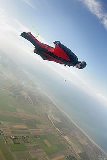 Random Cool Stuff: Humans can Fly? Base Jumping, Bungee Jumping, Sky Surfing, Wingsuit Flying, Eyes Watering, Hang Gliding, Paragliding, Skydiving, Linkin Park