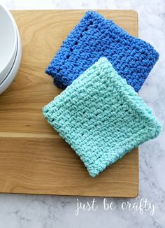 Moss Stitch Dishcloth & Video Tutorial - Just Be Crafty Crochet Patterns For Beginners, Knitting For Beginners, Knitting Patterns Free, Free Pattern, Knitting Stitches, Free Knitting, Quick Crochet, Free Crochet, Beginner Crochet