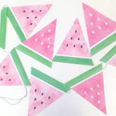 Fabulous Summer themed bunting that would look great at an end of Seasons for Growth Program celebration. Watermelon Birthday Parties, Fruit Party, Luau Party, 2nd Birthday Parties, Party Summer, Party Printables, Free Printables, Party Mottos, Watermelon Decor