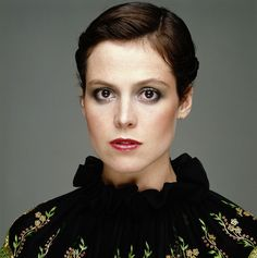 """Sigourney Weaver: """"I need a woman about twice my height."""""""