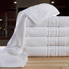 The newest creative cold towel best towels to buy medusa egyptian cotton solid yarn dyed dobby great wall bath/face towel set for home/stars hotelis provided by asite. Cooling wamsutta towels and small towelare designed for summer sports. White Hand Towels, Spas, Hotel Towels, Face Towel, Bath Towel Sets, Cotton Towels, Washing Clothes, Bath, Toile