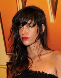 Paz la Huerta: Love the red lips and bare eyes. Perfect tan. Messy-sexy. Serious girl crush.