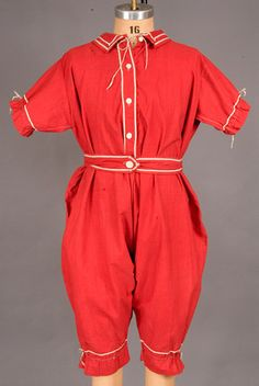 Lady's Exercise Suit, America, 1915-1930 - wow, bright! also, how do they know it's an exercise suit rather than for swimming? link does not take me to it :(