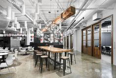 Union des Artistes Offices - Montreal - Office Snapshots