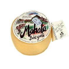 Queso de vaca tierno 550 gr MAHALA se elaboran en el caserío Mahala de Leaburu, en la comarca de Tolosaldea, en Guipúzcoa.