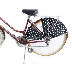 FrillRide Bicycle Skirt Guard in Polka Dot