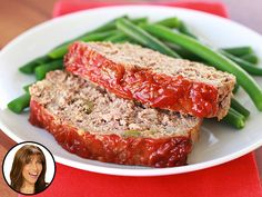 Country singer Miranda Lambert has DEFINITELY hit some high notes by including sausage in her meatloaf recipe... but the high fat count is a bit of a bummer. Chicken sausage to the rescue!! Get my fat-slashed swap in today's People Great Ideas!
