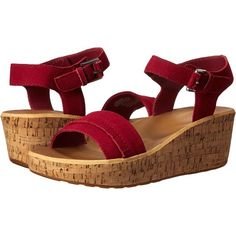 Rockport Weekend Casuals Lanea Fringe Quarter Strap (Deep Berry Suede)... (1,555 PHP) ❤ liked on Polyvore featuring shoes, sandals, pink, strappy wedge sandals, suede fringe sandals, pink strappy sandals, ankle strap wedge sandals and pink platform sandals
