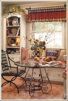 Charming Breakfast Nook... beautiful country table and setting!!!! But nothing without the Sunflowers sitting on the table!!!!!