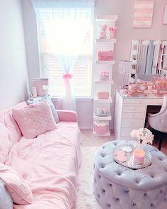 Cute Bedroom Decor, Bedroom Decor For Teen Girls, Room Design Bedroom, Girl Bedroom Designs, Room Ideas Bedroom, Small Room Bedroom, Rich Girl Bedroom, Cute Room Ideas, Glam Room