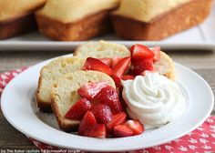 This vanilla almond pound cake recipe is so rich, moist, and tender, and goes perfectly with fresh fruit and whipped cream! A simple delightful dessert! Almond Pound Cakes, Pound Cake Recipes, Just Desserts, Dessert Recipes, Cake Calories, Vanilla Recipes, Sour Cream, Whipped Cream, Savoury Cake