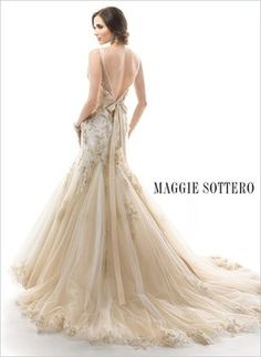 Maggie Sottero Montice Wedding Dress. Maggie Sottero Montice Wedding Dress on Tradesy Weddings (formerly Recycled Bride), the world's largest wedding marketplace. Price $838.00...Could You Get it For Less? Click Now to Find Out!
