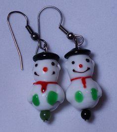 Snowman Earrings / Holiday Earrings / X mas Earrings / Glass Bead Earrings / Lamp work Bead Earrings / Dangle Earrings by SunMoonJewels on Etsy
