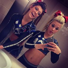 Missing cheer tonight cuz I'm ill😭💔😁🔫 Cheer Hair, Cheer Bows, Cheer Ponytail, Bff Goals, Best Friend Goals, Cheer Makeup, College Cheer, Cheer Athletics, Cheer Quotes
