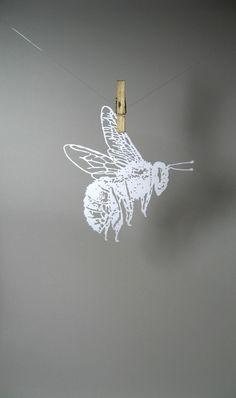 scherenschnitte paper cutting | Bumble Bee paper-cut Scherenschnitte in White by ... | paper art