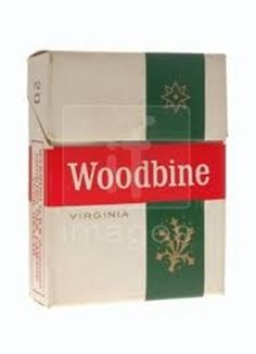 Cigarette packs in our childhood. We didn't smoke of course but we remember. Nostalgic Pictures, Uk History, Time Of Your Life, Childhood Days, To My Mother, The Old Days, Teenage Years, Do You Remember, School Days