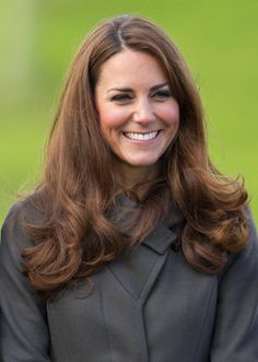 Pregnant Kate Middleton to Make First Appearance Since Hospitalization Duchess Kate, Duchess Of Cambridge, Kate Middleton Outfits, Pippa Middleton, Princesa Kate Middleton, Rockabilly Hair, Prince William And Catherine, Herzog, Bad Hair