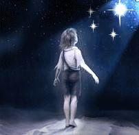 FIGLIA DELLE STELLE - A volte la 'nebbia' copre le cose importanti di cui siamo fatti, siamo così perché nutriti da qualcosa ed in cerca di qualcosa... L'animo inquieto è magma puro di un vulcano mai sopito che viaggia in sè alla ricerca del proprio Io... buon viaggio a tutti voi ''coraggiosi'' figli dei diamanti del cielo...