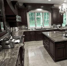 20+ Dark And Elegant Kitchen Decoration Ideas - Eweddingmag.com