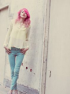 Love the hues in this photo but desires for the jeans and top (even a hair color) are strong!
