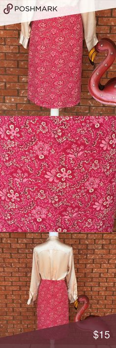 Floral pink skirt size 12 Old Navy floral pink skirt in EUC Size 12!  This beauty is fully lined and perfect for work, date or church!  See pics for measurements! Old Navy Skirts