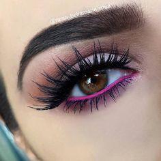 brown smokey eye w/ pink waterline @rania_bellamarie_mua #fuchsia makeup w/ pop of color #smokeyeyepinklips