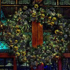 #christmas #navidad  #xmas #santaclaus #natal #papainoel # noël #natale #nochebuena #jaja #lol  #aunts  #elf  #diciembre #merrychristmas #regalos #corona #adorno #adornosnavidad #nikond7100 #nikonphotography #nikonpanama