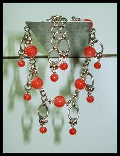 El Secreto Encanto De La Diva:   ---    Another exclusive bracelet  with crystal beads.