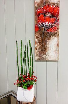 Eine feuerrote Kommunikation  #Gesteck #floralart #Tischschmuck #Beeren #Hagebutten #Floristik EBK-Blumenmönche Blumenhaus – Google+