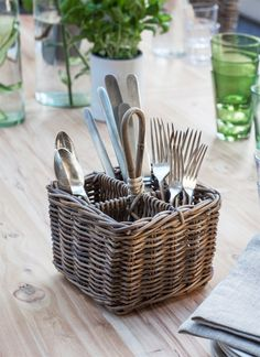 The Bembridge Cutlery Holder is a smart way to carry your knives forks and spoons about, as well as a charming way to offer them to dinner guests