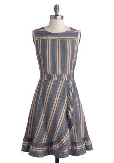 Macaron Your Day Dress. As customers stroll bright-eyed along your pastry case, you await patiently wearing the French blue hue and wheat stripes of this cotton dress by Mata Traders. Daytime Dresses, Day Dresses, Plus Size Dresses, Dress Outfits, Evening Dresses, Casual Dresses, Fashion Dresses, Retro Vintage Dresses, Vintage Outfits