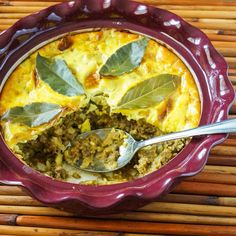 Animal Kingdom and Bobotie (South African Spiced Meat Casserole) - Tara's Multicultural Table Oven Chicken Recipes, Dutch Oven Recipes, Beef Recipes, Jamaican Recipes, Curry Recipes, South African Recipes, Ethnic Recipes, African Spices, National Dish